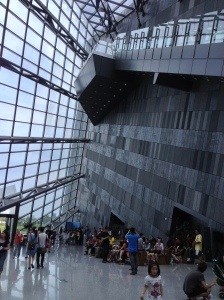 The hyper-modern Lanyang Museum features exhibits about Yilan's history, nature, culture, etc. In short, everything you would ever want to know about Yilan!